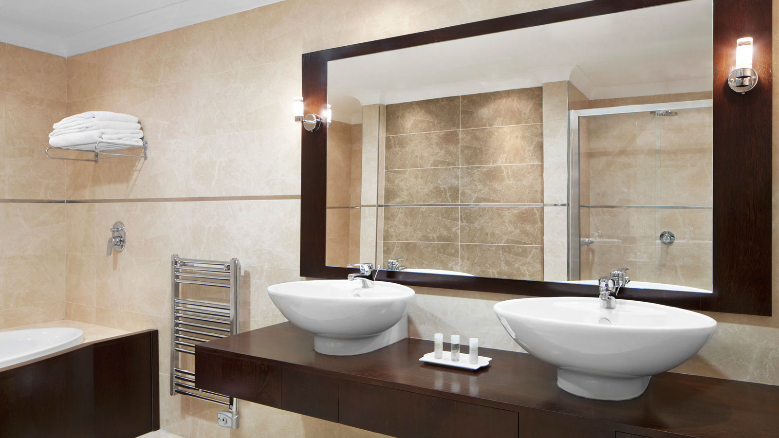 Luxury bathroom in the Executive Suites